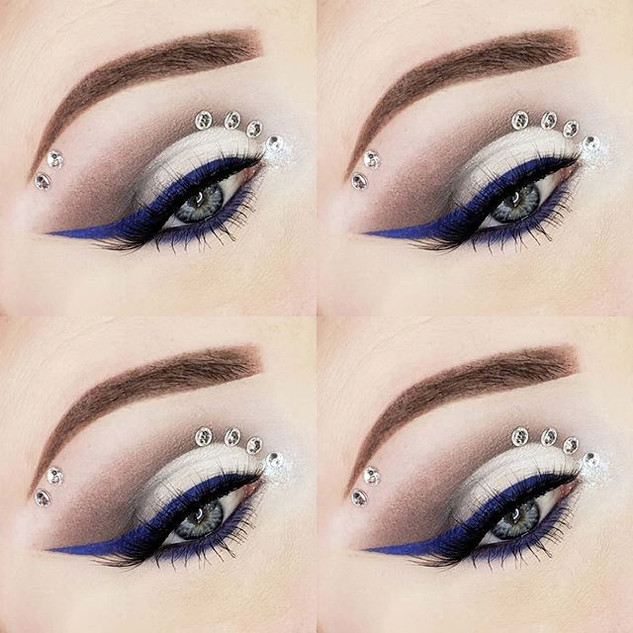 Day 10 💙__#makeupinspo #makeupoftheday