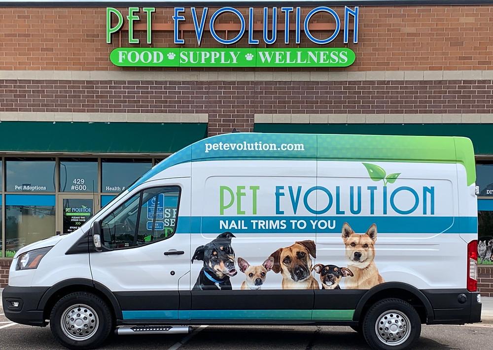 Nail trims to you mobile pet service unit by pet evolution
