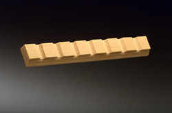 KM 121 Moulded Edge V-Groove 1/2 x 1