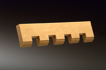 KM 175 Moulded Edge 1/2 x 1 3/4