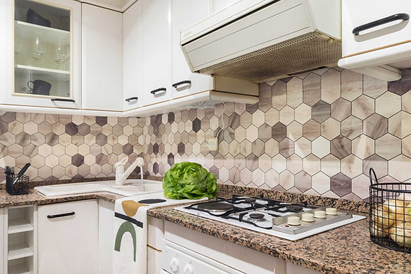 Lokoloko sticker with hexagons to change the look of the kitchen