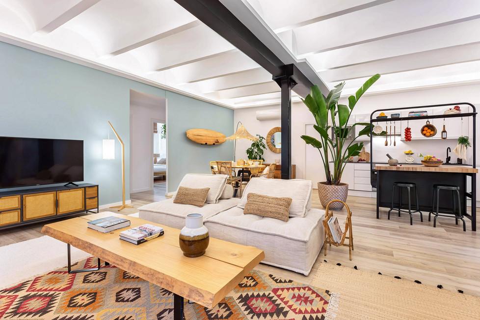 Espectacular sala de estar tipo loft diseñado por Sébastien Robert