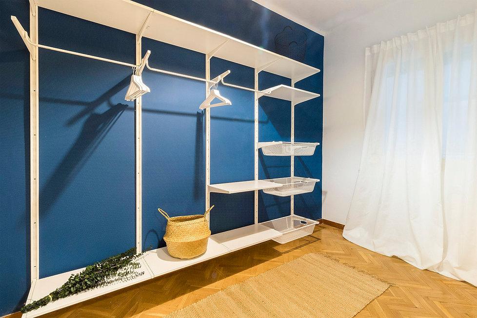 vestidor-azul-ikea-despues-home-staging.