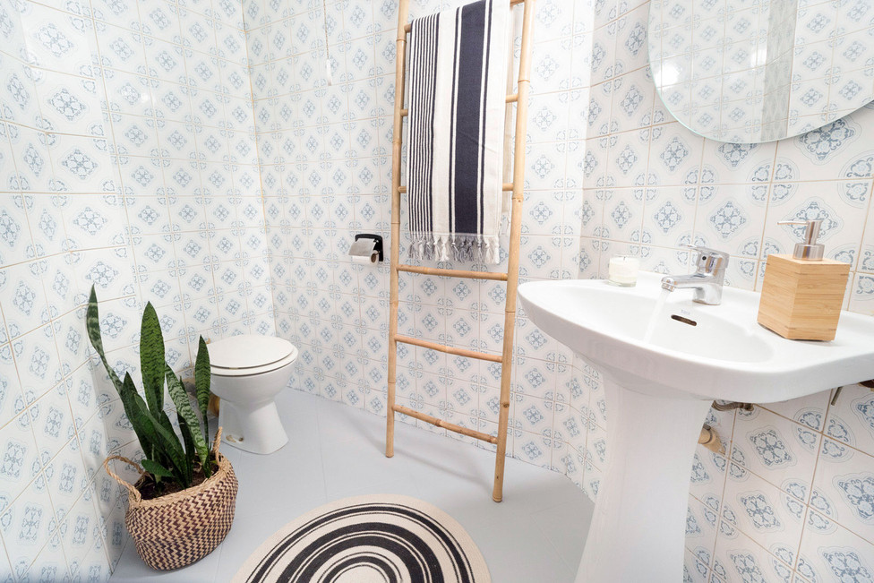 Gastar poco dinero en decoración para aumentar el valor del baño