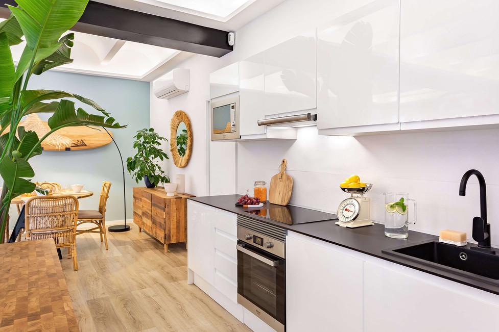 alquiler-born-home-staging-cocina-abiert