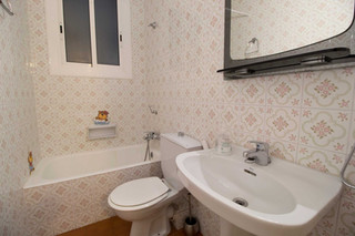 Renovate your old-fashioned bathroom with the advice of Sébastien Robert