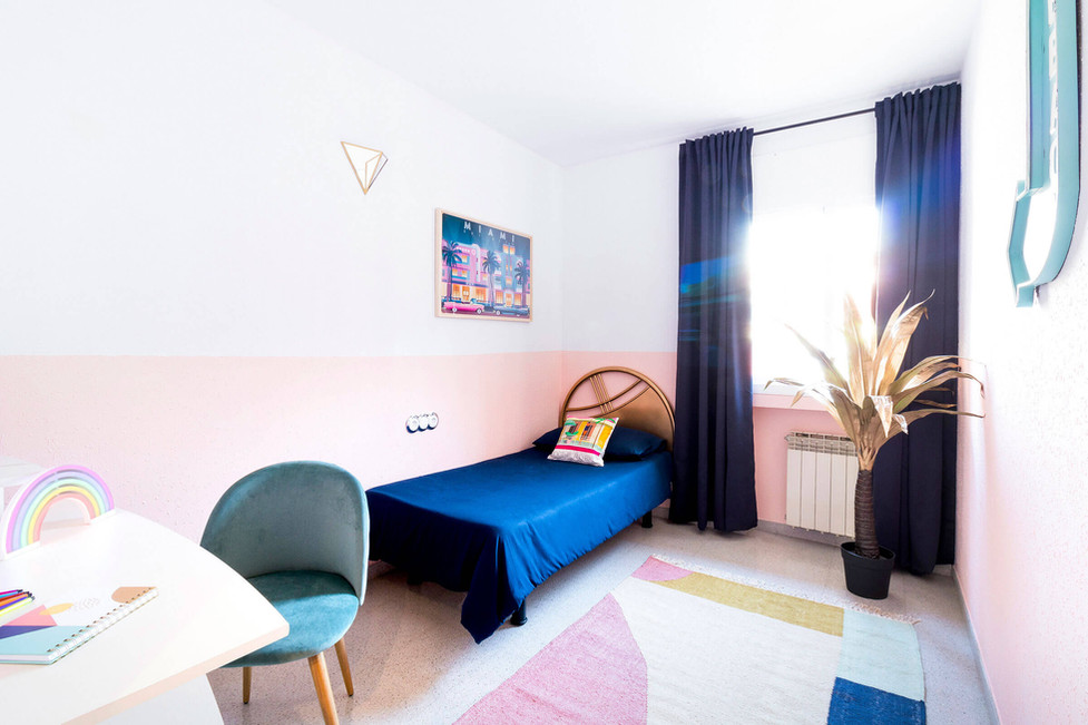 Habitacion adolescente estilo miami decorado por Sebastien Robert