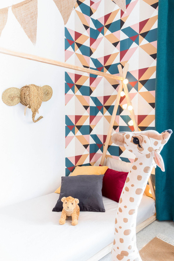 Exclusive Emmanuelle Rivassoux wallpaper to sell more expensive