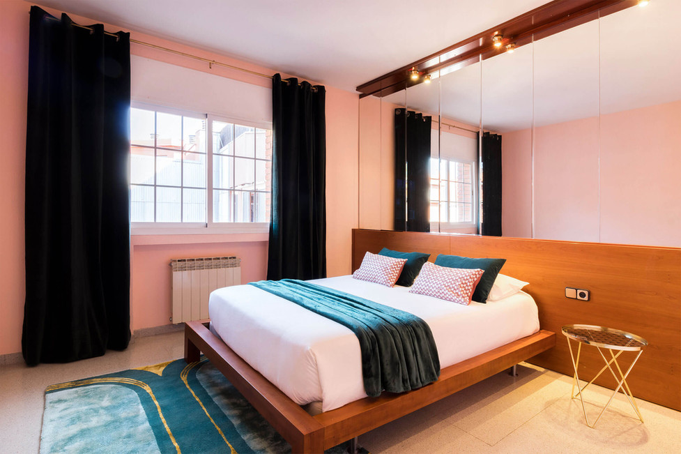 Dormitorio art déco con alfombras de lujo de La Redoute