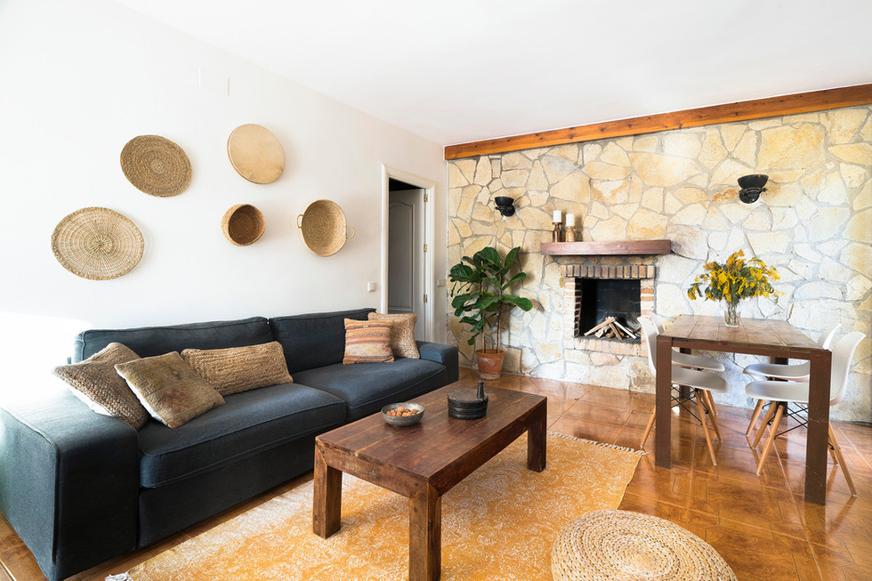 salon-homestaging-madera-natural-barcelo