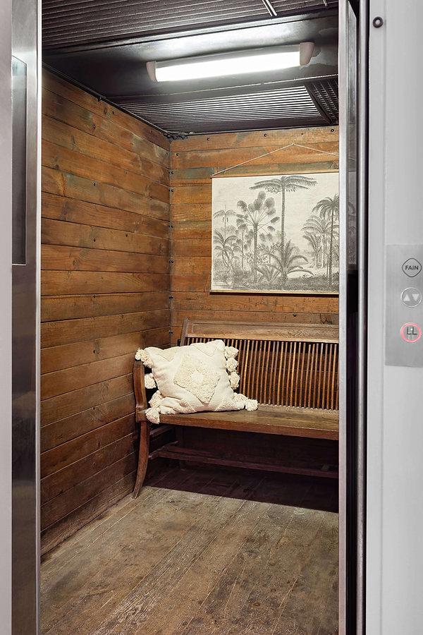Espectacular ascensor-montacargas con acceso directo
