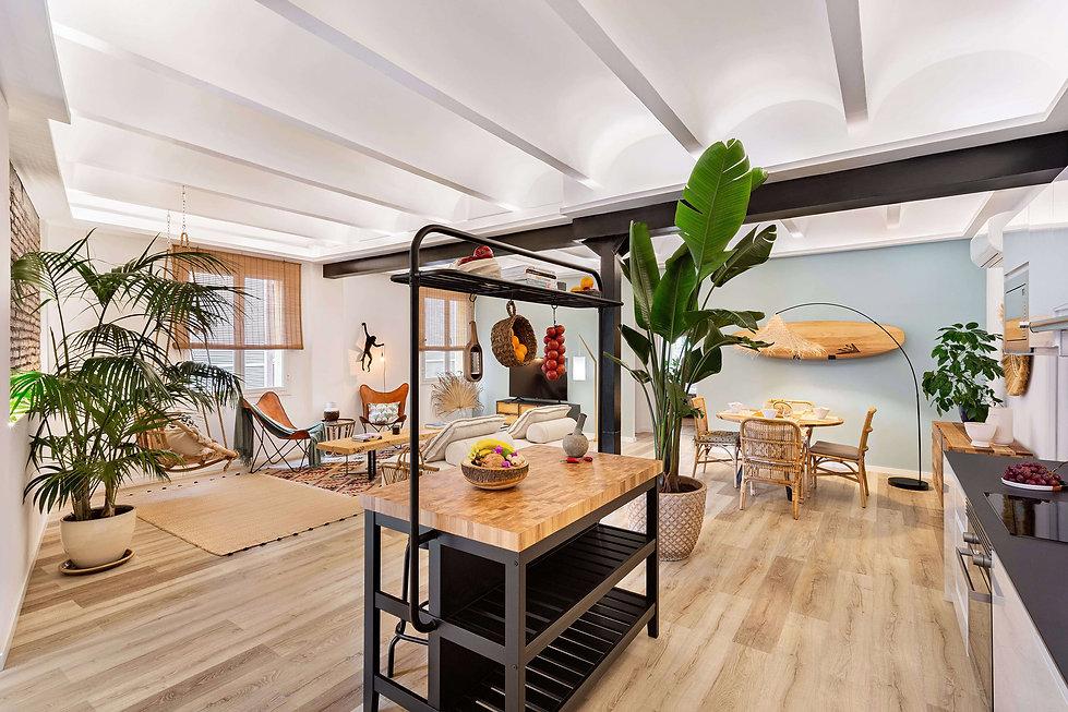 alquiler-born-home-staging-isla-cocina.j