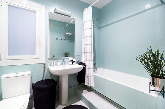 Pintar el baño en tonos pastel para renovar el espacio