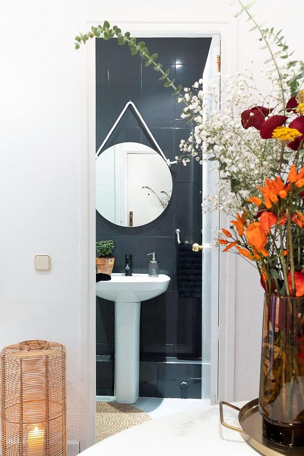 Une salle de bain chic avec la technique de Home Staging