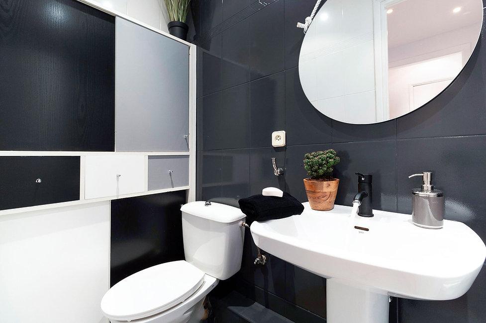 Sébastien Robert aide à rénover ta salle de bain pour vendre plus cher