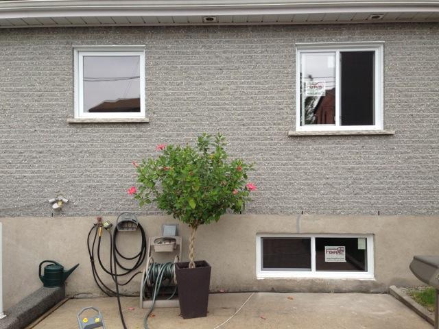 Fenêtres à auvent et coulissantes