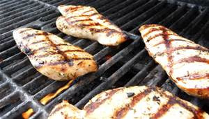 How to Keep Grilled Chicken Moist