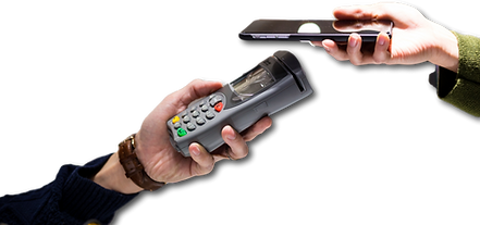 mobile-payment-in-optical-shop-2SS3KT9_c
