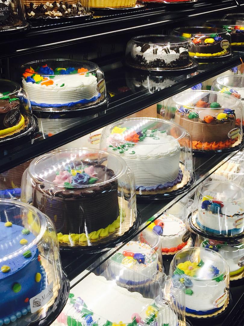 Cakes in a Row 1.jpg