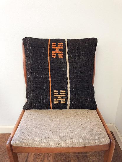 18 x 18 inch kilim pillow