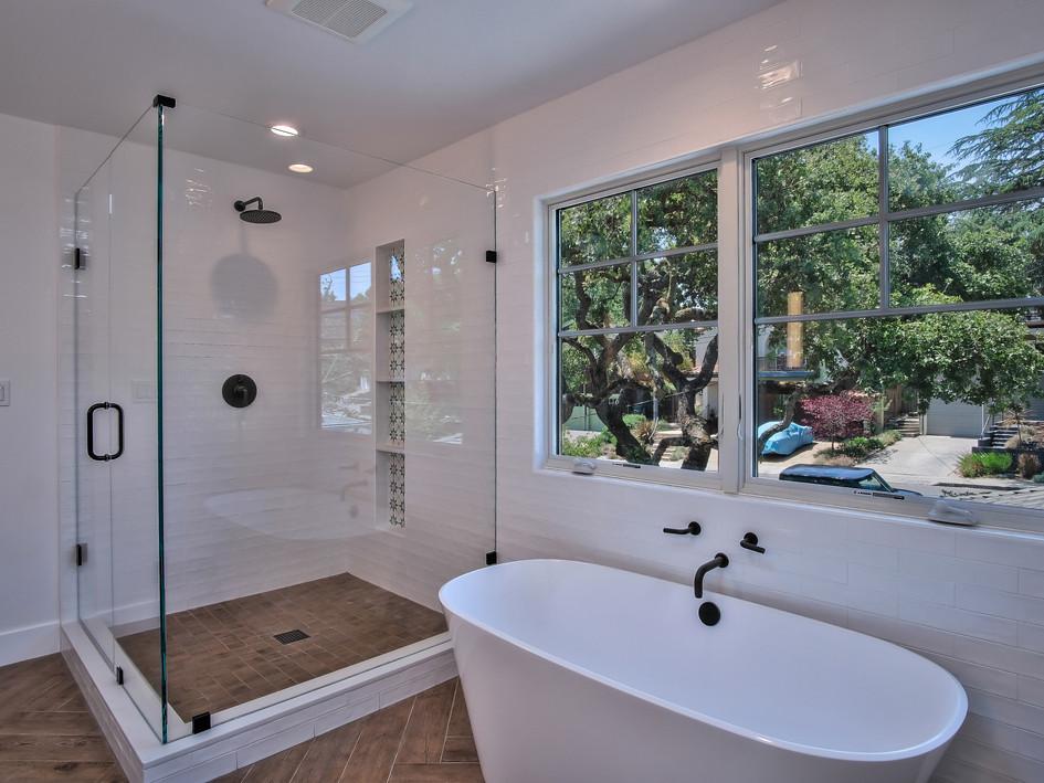 master bath, walk-in shower, soaking tub