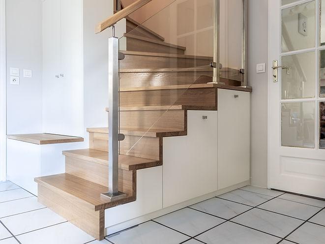 Rénovation entrée, escalier sur mesure, rangement sur mesure
