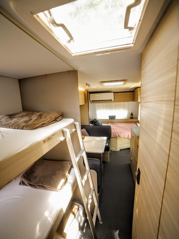3 מיטות יחיד