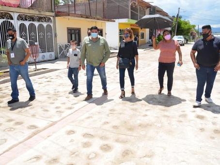 INAUGURAN OBRA EN COLONIA LOS MEZQUITES