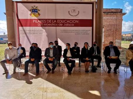 """PRESENTAN LIBRO """"LOS PILARES DE LA EDUCACIÓN, LOS MAESTROS DE JALISCO"""""""
