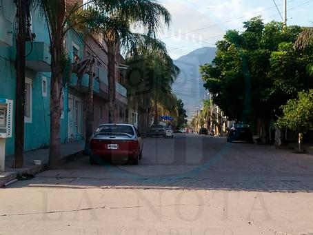 LO NAVAJEAN EN LOS TRONCOS