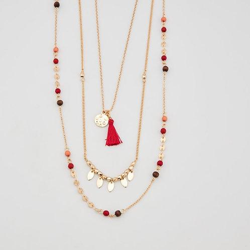 Collier avec perles et pompo