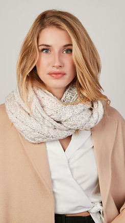 snood-tricot_edited.jpg