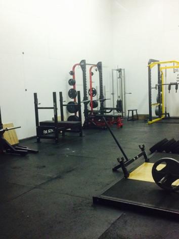 Body Basics Gym Red Deer - Powerlifting