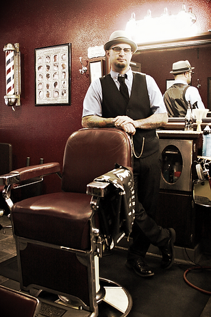 Steven Pierce Barber at The Executive Room