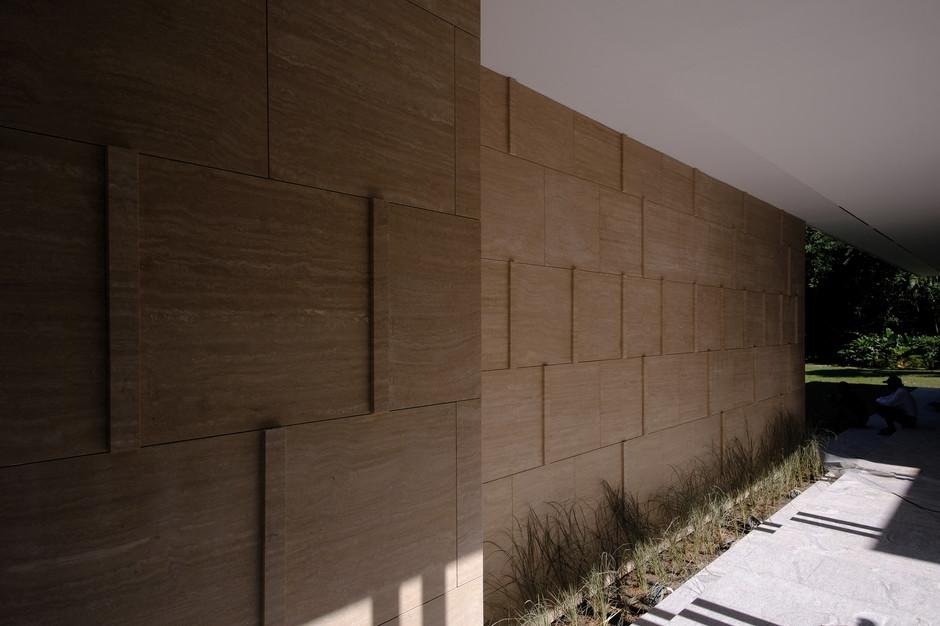 Walkway-04.jpg
