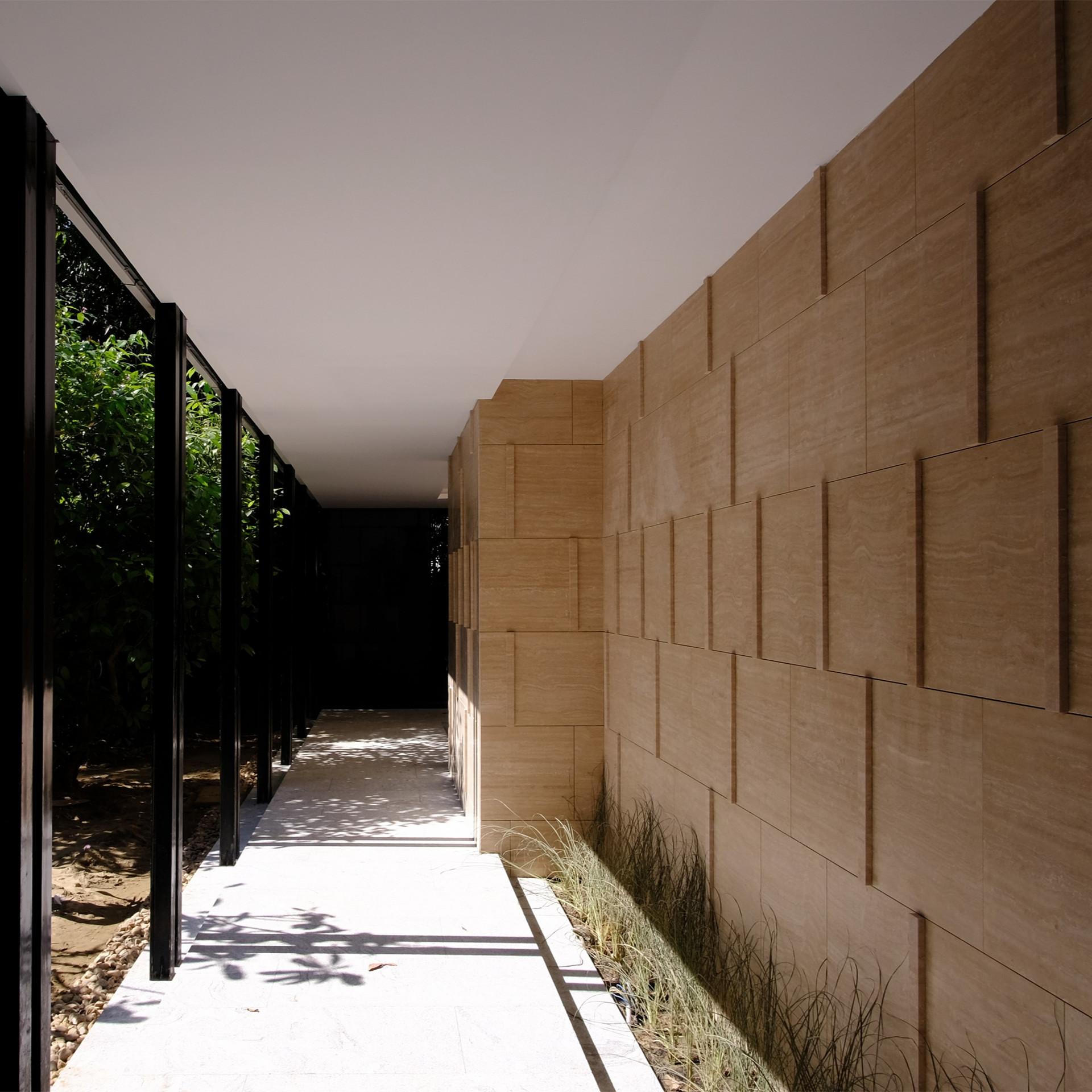 Walkway-05_edited.jpg