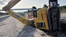 Digger topples into trench on Costain M6 job