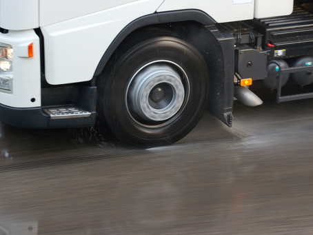 New device will stop trucks from aquaplaning
