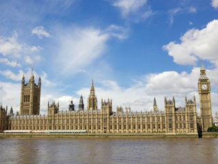 Auditor warns Parliament restoration risks must be addressed