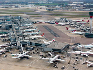 £1bn worth of projects axed at UK airports