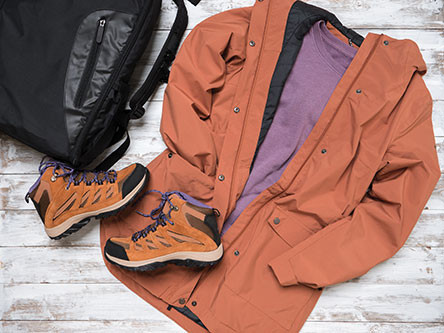 Hiking jacket and shoes to stay comfortable in the woods