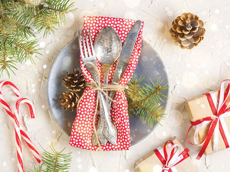 Ideas for a Festive Holiday Table Setting