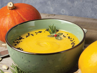 Foods and Drinks to Keep You Cozy This Fall