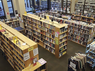 Bookends, Pack Library's used book store