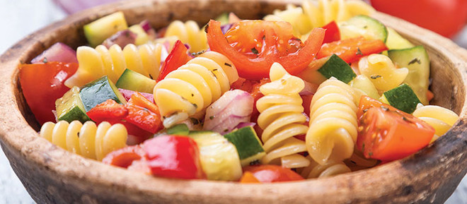 How to Make an Awesome Pasta Salad From Pantry Items