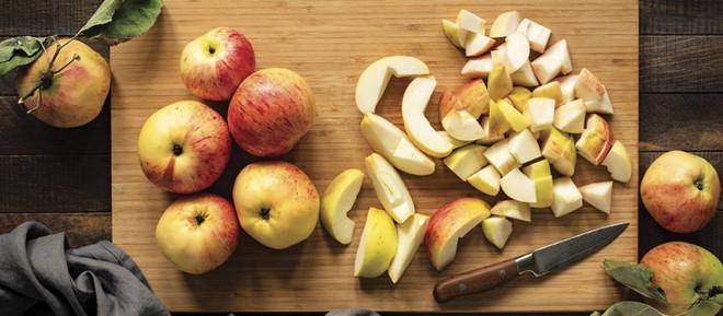Crispy Apple Cake Recipe