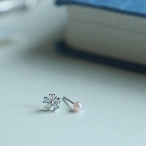 Mini Flower Stud Earrings Cold Tone