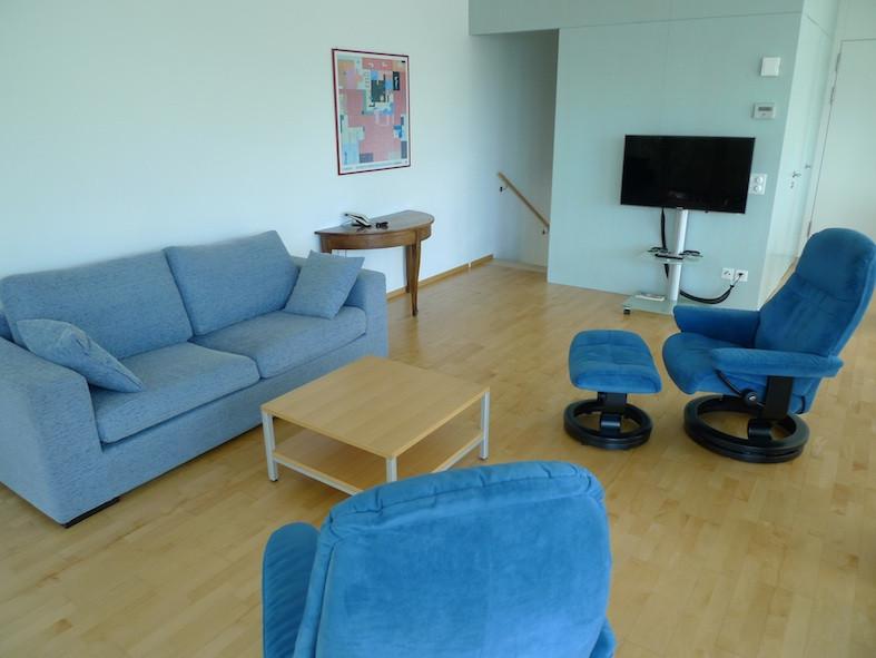 Sonneck_Sitzbereich_Treppe_Schlafbereich