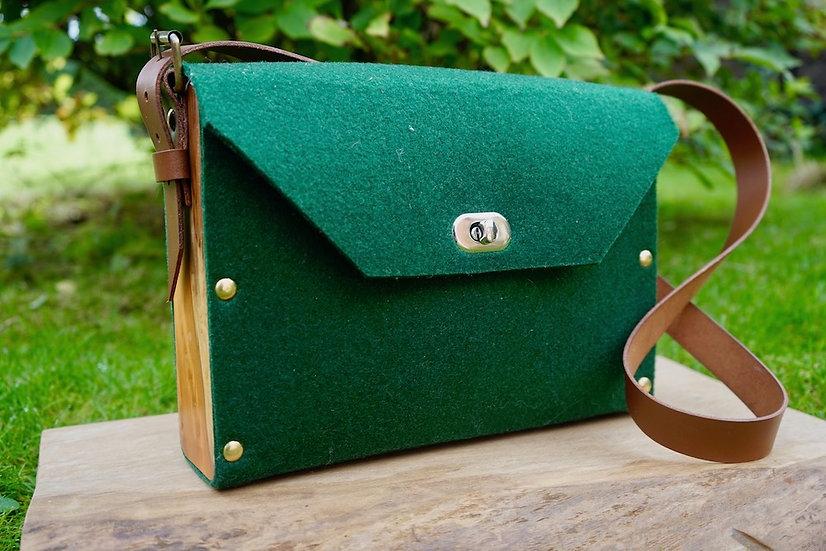 Pokets & Co.  Green Shoulder Bag