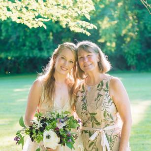 Happy Bride, Happy Mama